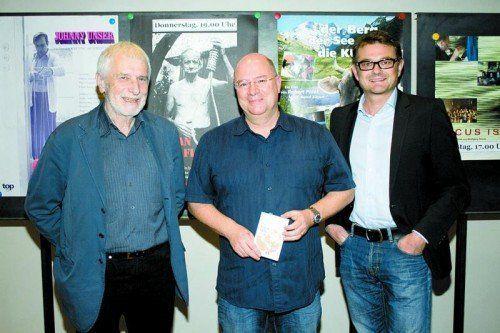 Filmemacher Robert Polak (l.) mit Direktor Andreas Rudigier und Manfred Welte. Fotos: Franc