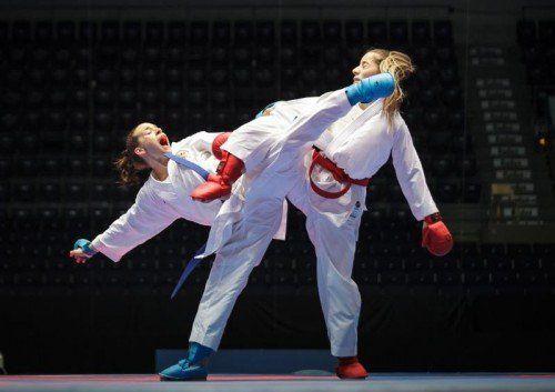 45 Tage nach ihrer Handoperation bestand Bettina Plank den Härtetest beim PL-Turnier in Berlin.ÖKB