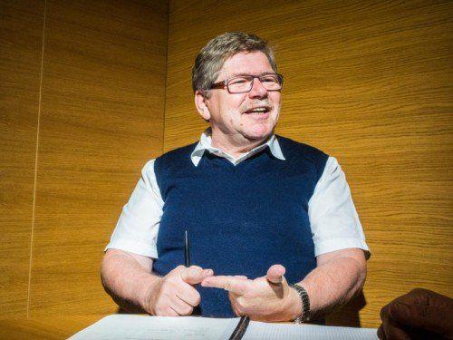 """""""In unserer Gemeindeliste Röns finden eigentlich alle ihren Platz"""": Gemeindeoberhaupt Anton Gohm .  Fotos: MK"""