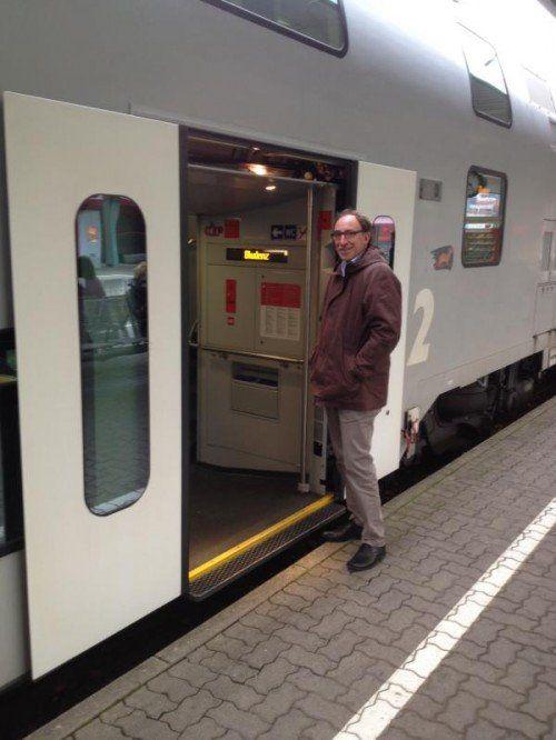 Johannes Rauch und sein liebstes Gefährt. Er fährt so oft wie möglich mit dem Zug.  Foto: Privat