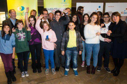 Kinderrechte-Preis, Foto von den Preisträgern der Kinderrechte-Gala, Preisverleihung im Landhaus