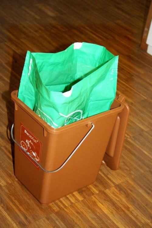 Kunststoffsack und Bioboy gibt es jetzt auch in Nüziders.