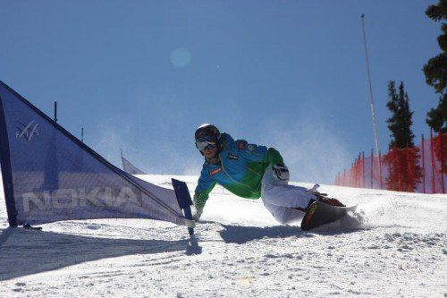 Lukas Mathies (23) zeigt in den Trainings in Copper Mountain schon einen guten Schwung. Foto: ÖSV