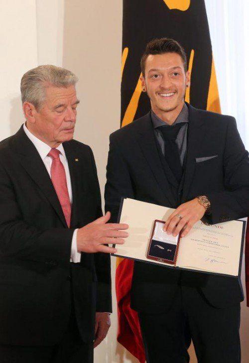 Mesut Özil und seine DFB-Kollegen wurden geehrt. Foto: dpa
