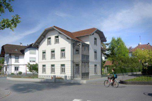 Mit der historischen Fassade auch nach dem Wiederaufbau ist der Erhalt des Ortsbildes gewährleistet.  Computerbild: T. Knapp
