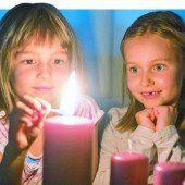 Vorfreude auf Weihnachten: Advent, Advent, ein Lichtlein brennt . . .