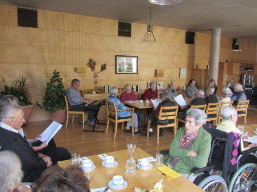 Senioren werden in Feldkirch zum gemeinsamen Singen eingeladen.  Foto: Stadt Feldkirch
