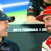 Vettel fährt wie sein Idol im feuerroten Spielmobil