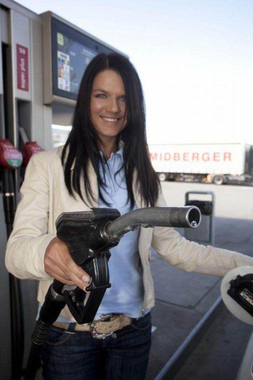 Spritsparen Benzin sparen Benzinpreise Diesel Tanken 10 Tips zum Spritsparen Feature Tanken