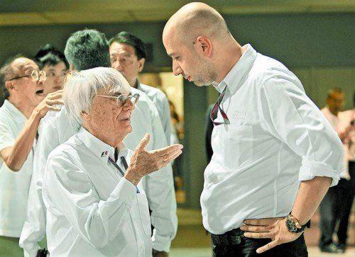 Verhandlungen: Ecclestone und Lotus-Chef Lopez. Foto: reuters