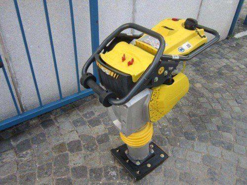Von Baustelle gestohlen: Ein Ar-beitsgerät dieser Art.  Foto: Polizei