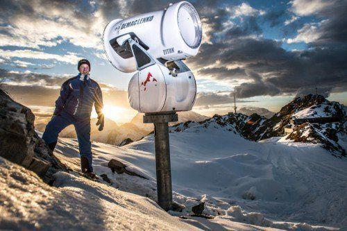 Wie viele Skifahrer wünscht sich auch Martin Oberhammer endlich ausreichend Schnee. Foto: Daniel Hug