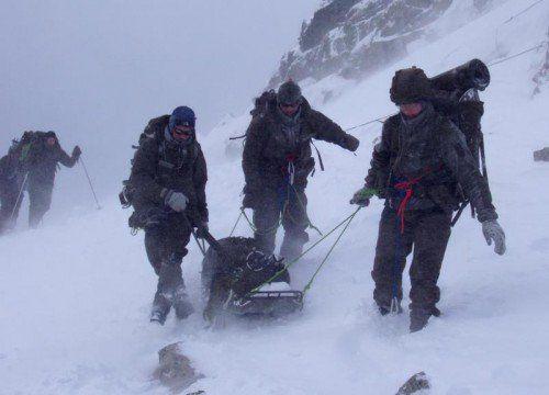 """""""Wir können Verletzte nur mit einem Schlitten ins Tal bringen"""", sagt Konzett.  FOTO: Militärkommando"""