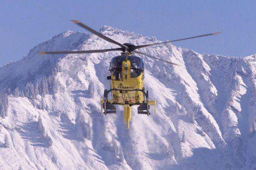 Auch der Hubschrauber Christophorus 8 kam zum Einsatz.