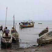 Guinea kämpft gleich gegen zwei Seuchen