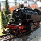 Das Christkind auf der Eisenbahn