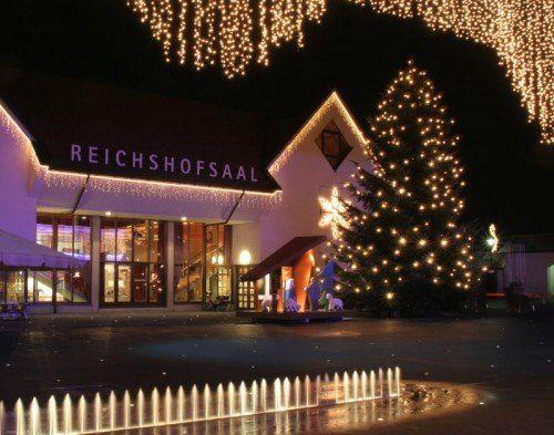 Die Adventabende am Lustenauer Kirchplatz werden durch Weihnachtsmusik und verschiedene Auftritte der Rheintalischen Musikschule Lustenau umrahmt. foto: Marketing lustenau