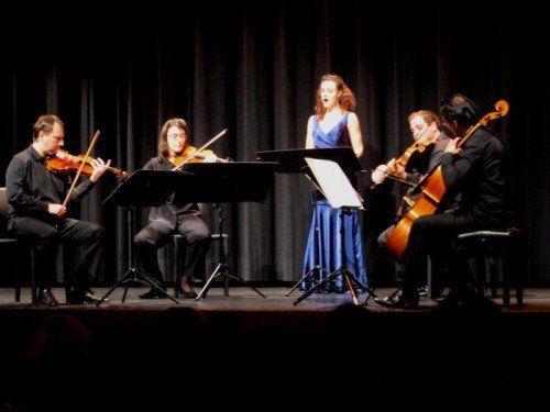 Eine erfreuliche Aufwertung erfährt das Programm durch die Mitwirkung der Vorarlberger Sopranistin Susanne Großsteiner. Foto: JU