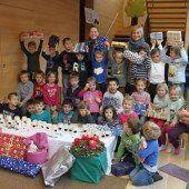 Weihnachtspakete aus Bizau für Kinder in Albanien