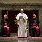 Papst erteilt der Kurie Kopfwäsche