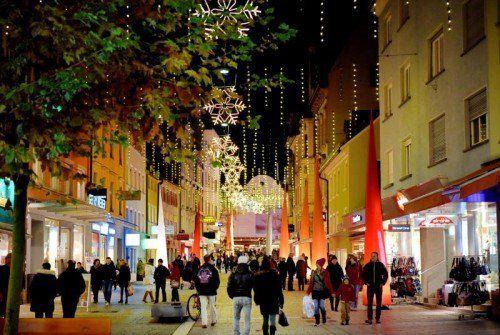 Der regionale Handel setzt auf Weihnachtstimmung vor Ort, auf Beratung und individuelle Angebote.FA/Mittelberger