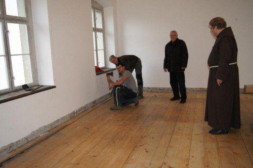 In den Klausurräumen werden die Fußböden saniert.  foto: eh