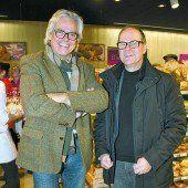 Kaffee-Spezialist Peter Amann (l.) mit Julius Moosbrugger (WKV).
