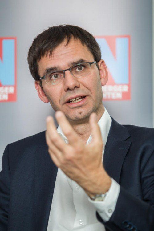 LH Wallner will neue Steuern wegverhandeln.  Foto: VN/Steurer