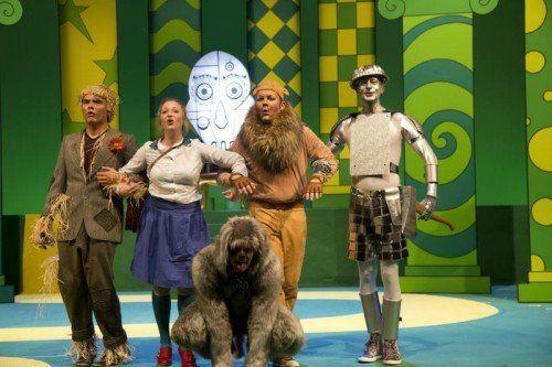"""Macht Spaß: """"Der Zauberer von Oz"""" am Vorarlberger Landestheater. Foto: VN/Paulitsch"""
