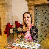 Servierte Gaumenfreuden aus der Hotelküche: Servicelady Katrin.