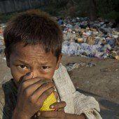 Klebstoff schnüffeln, um den Hunger zu vergessen