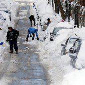 Juno bringt knietiefen Schnee nach Boston