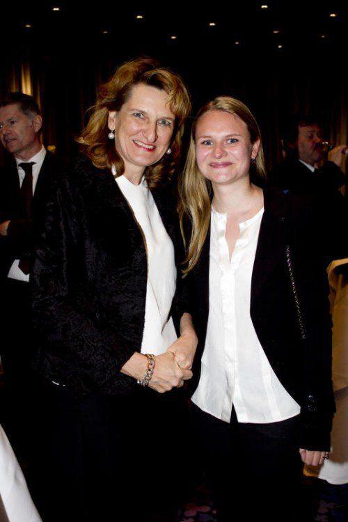 Begeistert: Antje (l.) und Marie-Christine Metzler. Fotos: Franc