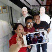 Keine Selfies bei Papst-Besuch