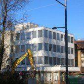 Altes BTV-Gebäude wird derzeit abgerissen