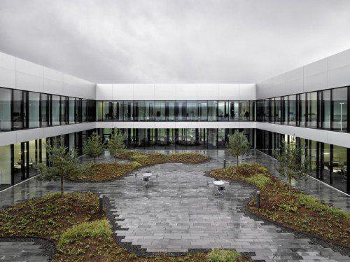 i + R baute das neue DMG-Mori-Hauptquartier in Winterthur.