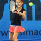 Tennis-Nachwuchs an drei Orten auf Titeljagd