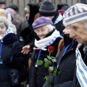 Gedenken an 1,1 Millionen ermordete Juden in Auschwitz