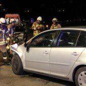 Zwei Verletzte bei Auffahrunfall in Dornbirn