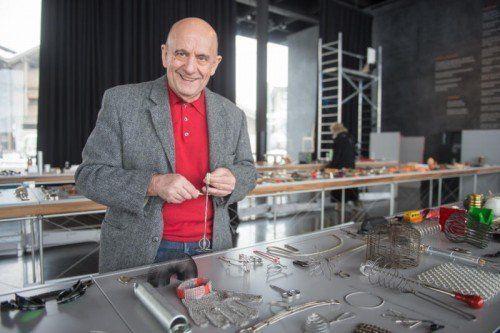 Franco Clivio präsentiert seine Sammlung im Werkraumhaus.