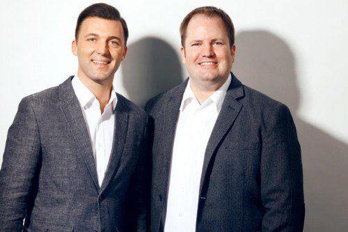 Geschäftsführer Mario Mally (l.) und Programmchef Dirk Klee freuen sich über den Erfolg.  Foto: Antenne