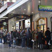 Erschütterte Wirtschaft, Ansturm auf Banken
