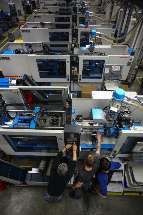 In Rankweil beschäftigt Hirschmann 730 Mitarbeiter, heuer sollen es 800 Beschäftigte werden.  Foto: VN/Hartinger