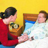 Nur ein Drittel will Angehörige pflegen