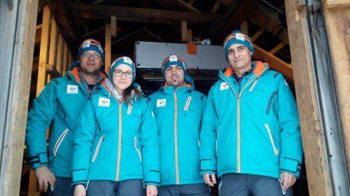 Michael Fleisch (r.) war mit Vereinsmitgliedern der Schützengilde Montafon im Einsatz. Foto: Steurer
