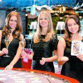 Missen präsentieren sich im Casino Bregenz