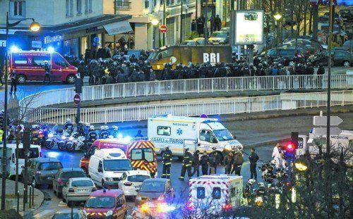 Nach dem Sturm auf den jüdischen Supermarkt in Paris: Ein Komplize der beiden hauptverdächtigen Terroristen hatte dort vier Geiseln genommen. Diese und auch der Kidnapper kamen beim Feuergefecht mit der Polizei ums Leben. EPA