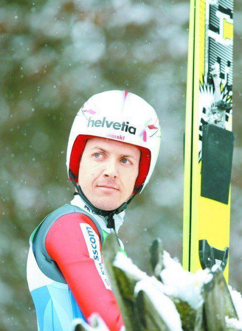 Nach seinem Sturz noch nicht fit: Simon Ammann. Foto: apa