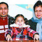 Afghanische Familie nach drei Jahren Trennung vereint