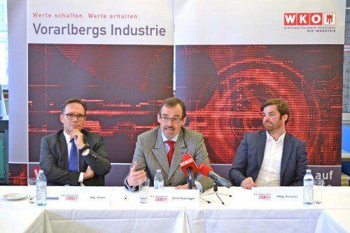 Spartengeschäftsführer Michael Amann, Spartenobmann Christoph Hinteregger und IV-Geschäftsführer Mathias Burtscher (v. l.).  Foto: WKV